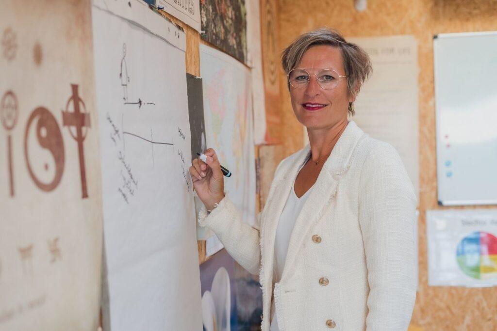 Samantha Maes - visie op cultuur in ziekenhuizen aios jonge artsen medisch specialisten professionals - communicatie met zorgteam en verpleegkundige